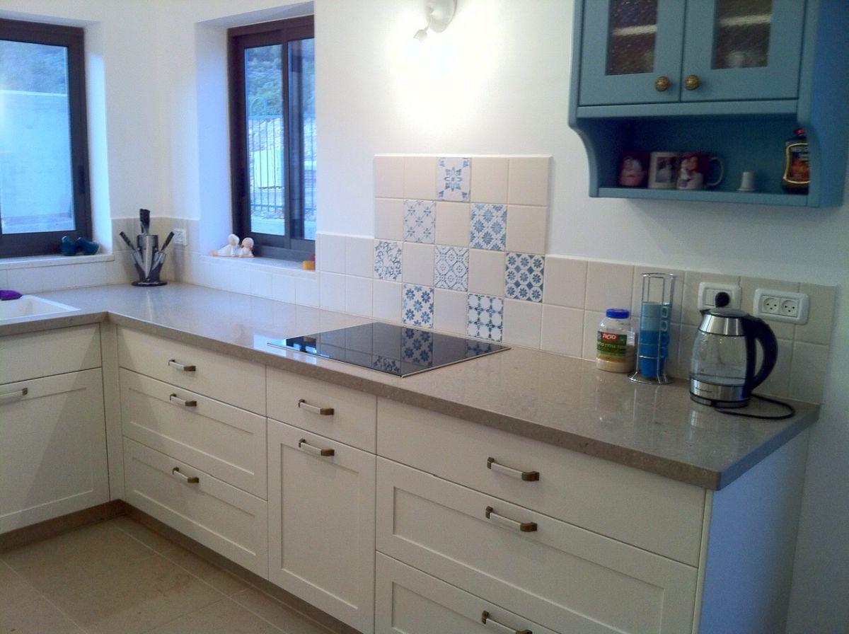 עיצוב מטבח עם נגיעות כחול