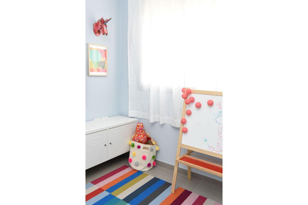 עיצוב חדר משחקים צבעוני